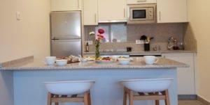 Apartamento completo con cocina