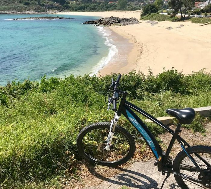 Playa de Santa Marta y Liméns