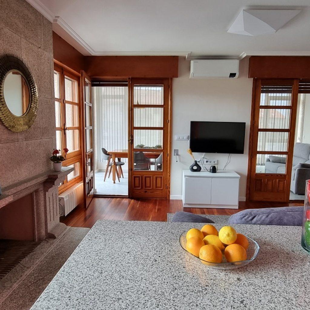 Apartamento Aldán Salon Chimenea