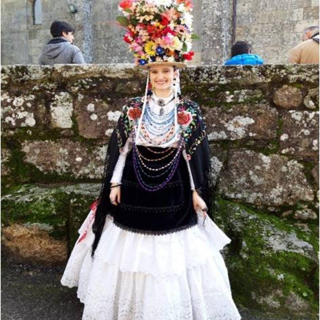 Dama danza aldan
